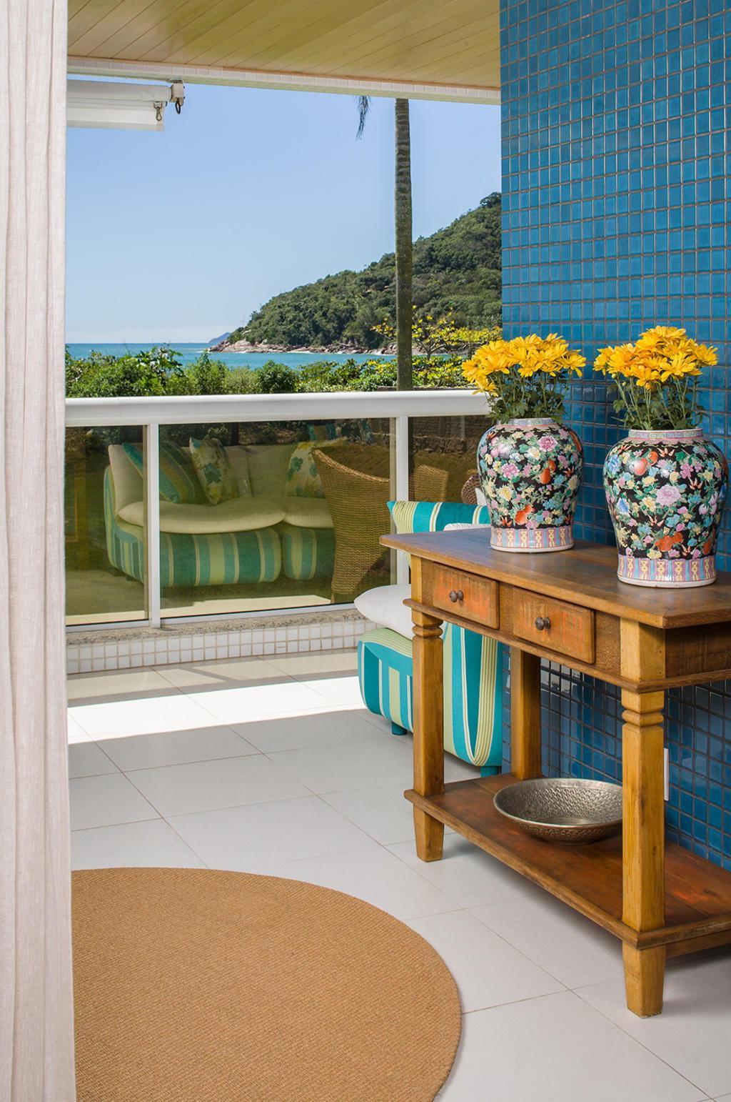 decoracao de apartamentos pequenos na praia : decoracao de apartamentos pequenos na praia:Apartamento na praia foge do tradicional – Diário Catarinense