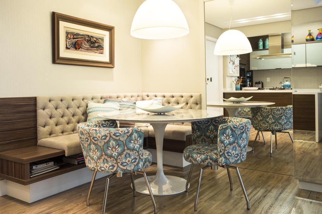 Sala De Jantar Com Banco Fixo ~ mesa saarinen deu um toque de contemporaneidade ao jantar