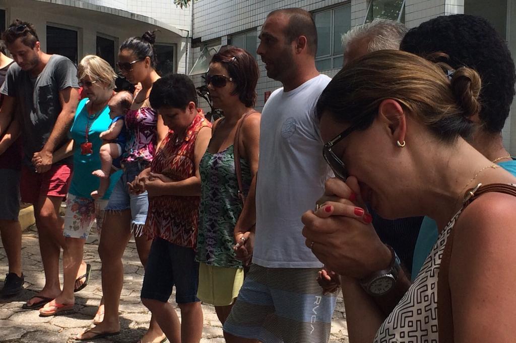 Comoção após confirmação da morte de Ricardo dos Santos